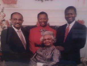 Uncle Pete, Mama, Uncle Greg, Grandma (1991)